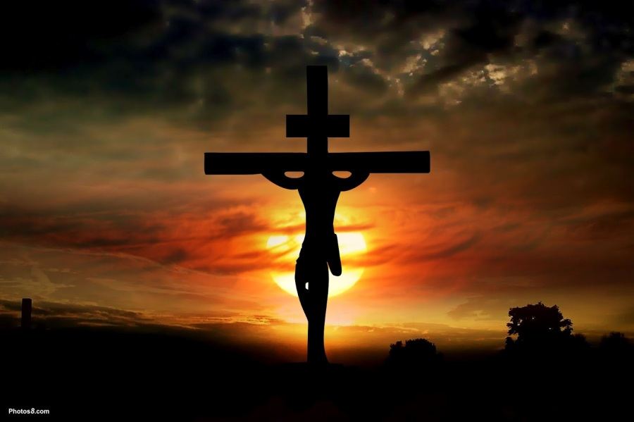 Easter_jesus_on_the_cross-4.jpg